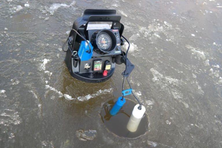 Pro_Vexilar_in-ice